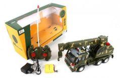 Машинка на радиоуправлении Shantou Gepai Военный автокран пластик от 6 лет хаки