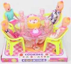 4 куклы, с аксессуарами