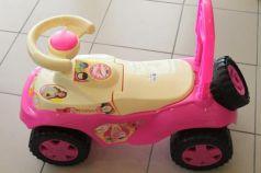 Каталка-машинка RT Ориоша пластик от 10 месяцев на колесах розовый
