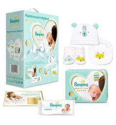 Набор подарочный Pampers Подгузники Premium Care Newborn+салфетки влажные Sensitive+носочки+шапочка+нагрудник (2-5 кг) 1 шт.